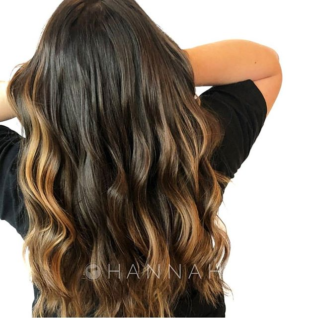 Warm caramel dimension ! . . @hbglosskc . online booking at theglossarysalon.com or call us at 913.725.8520