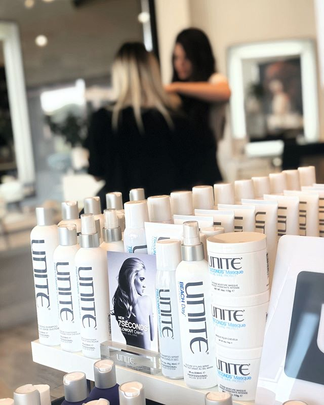 How I teach about retail⠀⠀⠀⠀⠀⠀⠀⠀⠀ ⠀⠀⠀⠀⠀⠀⠀⠀⠀ Hair products are simple! if you can drill down and find the simplicity in all the noise ⠀⠀⠀⠀⠀⠀⠀⠀⠀ ⠀⠀⠀⠀⠀⠀⠀⠀⠀ Ready for the Simplicity..⠀⠀⠀⠀⠀⠀⠀⠀⠀ ⠀⠀⠀⠀⠀⠀⠀⠀⠀ Hair products do two things⠀⠀⠀⠀⠀⠀⠀⠀⠀ ⠀⠀⠀⠀⠀⠀⠀⠀⠀ They open the cuticle or close down the cuticle⠀⠀⠀⠀⠀⠀⠀⠀⠀ ⠀⠀⠀⠀⠀⠀⠀⠀⠀ That's it?⠀⠀⠀⠀⠀⠀⠀⠀⠀ ⠀⠀⠀⠀⠀⠀⠀⠀⠀ Yes⠀⠀⠀⠀⠀⠀⠀⠀⠀ ⠀⠀⠀⠀⠀⠀⠀⠀⠀ It's that simple ⠀⠀⠀⠀⠀⠀⠀⠀⠀ ⠀⠀⠀⠀⠀⠀⠀⠀⠀ What are you wanting to do with you hair strands?⠀⠀⠀⠀⠀⠀⠀⠀⠀ ⠀⠀⠀⠀⠀⠀⠀⠀⠀ Fluff em' or smooth them?⠀⠀⠀⠀⠀⠀⠀⠀⠀ ⠀⠀⠀⠀⠀⠀⠀⠀⠀ I've never talked openly on my social about my extreme love for hair products—I have so many mindset shift ideas for stylists I could talk about⠀⠀⠀⠀⠀⠀⠀⠀⠀ ⠀⠀⠀⠀⠀⠀⠀⠀⠀ Leave me a comment if you need help with retailing to your clients ⠀⠀⠀⠀⠀⠀⠀⠀⠀ ⠀⠀⠀⠀⠀⠀⠀⠀⠀ You don't have to feel lost or confused anymore ⠀⠀⠀⠀⠀⠀⠀⠀⠀ ⠀⠀⠀⠀⠀⠀⠀⠀⠀ We approach everything in our salon as problem solving and authentic.⠀⠀⠀⠀⠀⠀⠀⠀⠀ ⠀⠀⠀⠀⠀⠀⠀⠀⠀ if you are looking for a hair extension artist you can find us at NBRKC.com